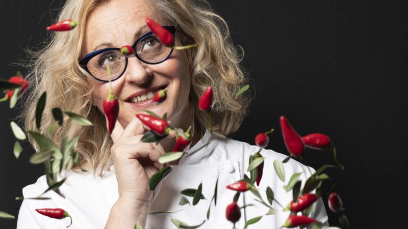 Claudia Fraschini porta a tavola la Divina Commedia